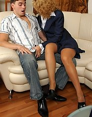 Curly mature gal and a well-hung guy carrying on negotiations while fucking