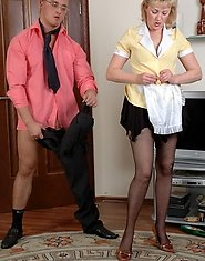 Hot-assed mature maid making a break and taking a throbbing dick up the bum