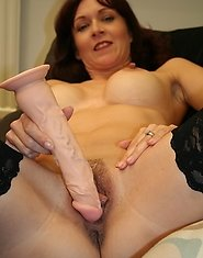 This hot housewife gets off on her dildo