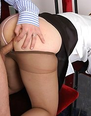 Lusty mature gal in sexy pantyhose luring her co-worker into hard banging