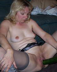 Sexy mature women, amateur photos