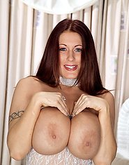 Brunette unleashes huge fun bags