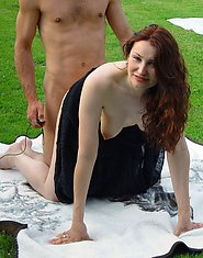 amateurs having sex outdoors