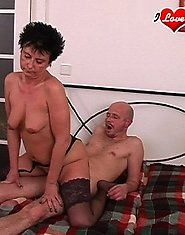 Horny mature sexfreak loves a mouth full of cum