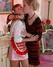 Oversexed mature blonde seducing her young maid exchanging lez tongue job