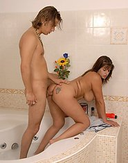 Moms Pleasures XXX Photo Gallery