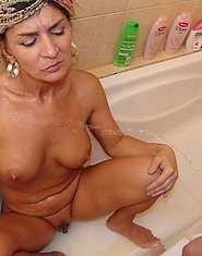 This mature slut really rocks those two cocks